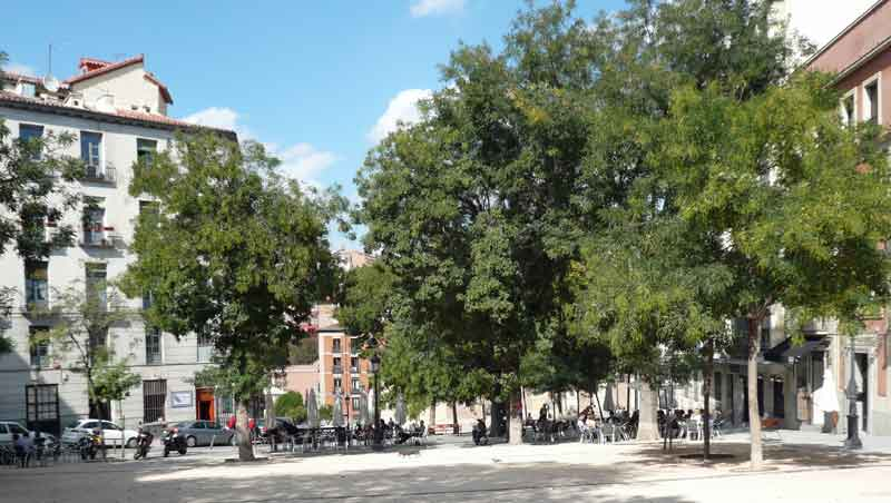 Plaza de la Paja oase van rust in Madrid
