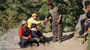 Melk gezegend door monniken in de Tsum Valley