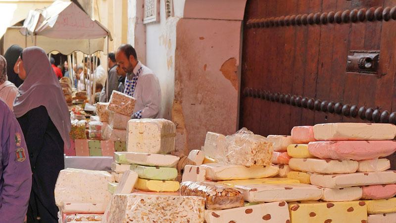 Zoet en plakkerig noga in Fez