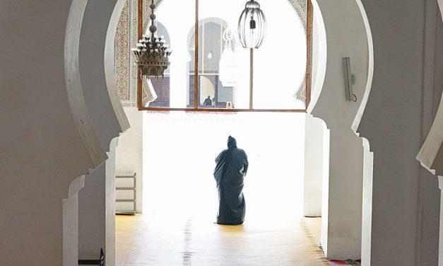 Glimp van de Karaouine-moskee in Fez