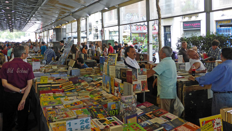 Boekenmarkt in Barcelona