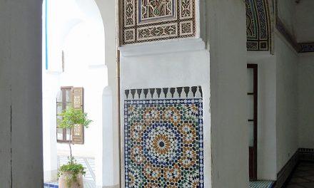 Palais de la Bahia en haar weelderige tuinen en binnenplaatsen