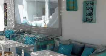 Flisvos Beach Café op Náxos