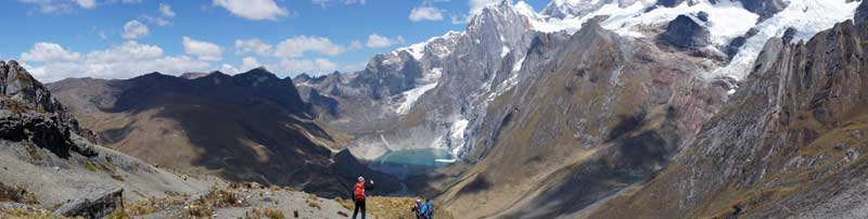 Uitzicht op gletsjermeer - Peru - Cordillera Huayhuash - hiking